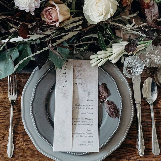 PLACE SETTING ///// Yesterday was a fantastic day @uptonbarnweddings setting up their new stable barn. Along with @keepingitvintagedevon and @poppys_weddings I styled 3 different tables to show how you can lay the tables for your wedding. Designing place settings is one of my favourite things. This is from our industrial luxe shoot at @greatfulfordwedding with @boldandbeautifulweddings  and @bromptonbuds  Photography @clarekinchinphotography . . . . . #placesetting #weddingstyling…