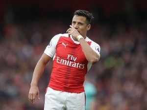 Arsenal 'tell Alexis Sanchez he has no chance of joining Premier League rival'