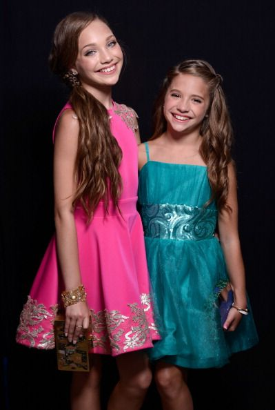 17 Best images about Maddie and Mackenzie Ziegler on ...