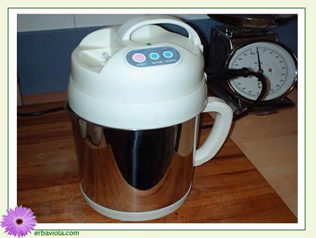 Fare il latte di soia in casa » Erbaviola.com - Grazia Cacciola
