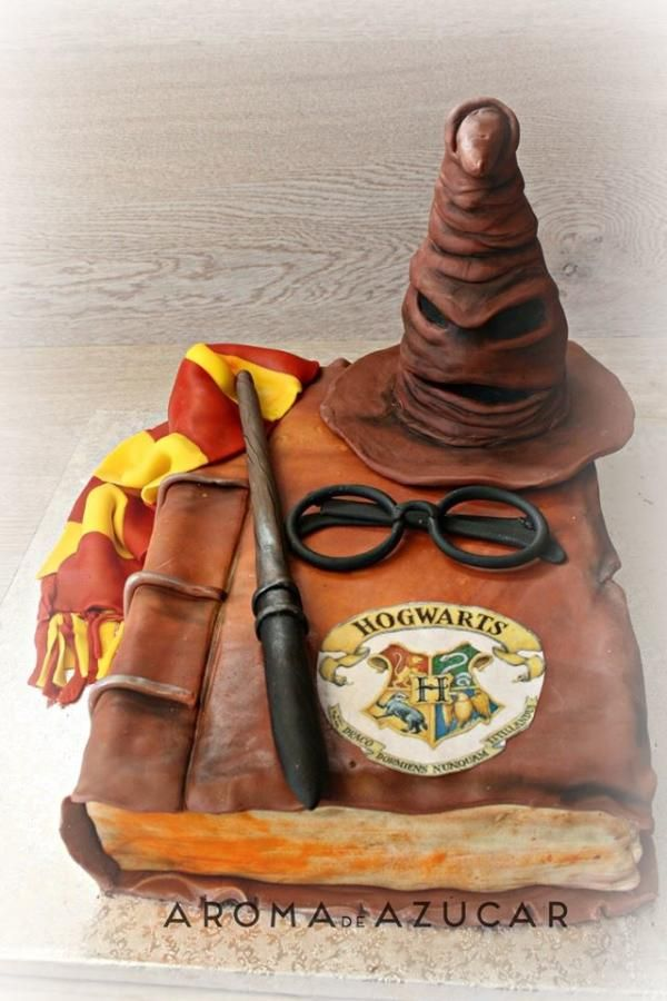 Harry Potter cake by Aroma de Azúcar