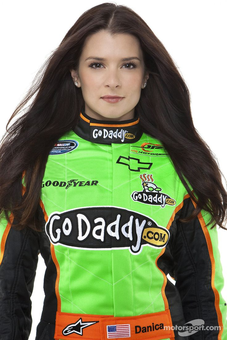 danica-patrick-showing-her-boobs