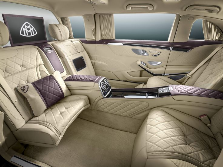 Executive Legroom - Mercedes-Maybach S600 Pullman