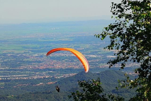 Oasi Zegna (Bielmonte), paracadutismo  #parachuting #Piemonte #Oasi Zegna  www.oasizegna.com