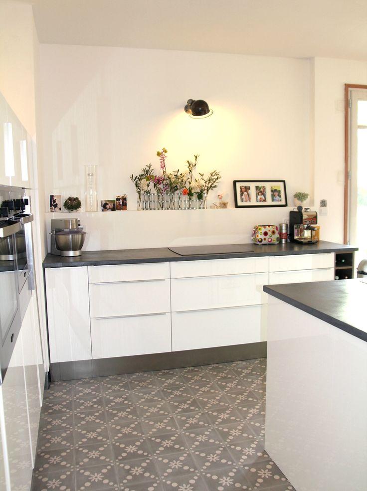Me revoilà enfin avec quelques photos de notre cuisine qui a bien avancé ces dernières semaines ! Depuis la dernière fois, nous avons :...