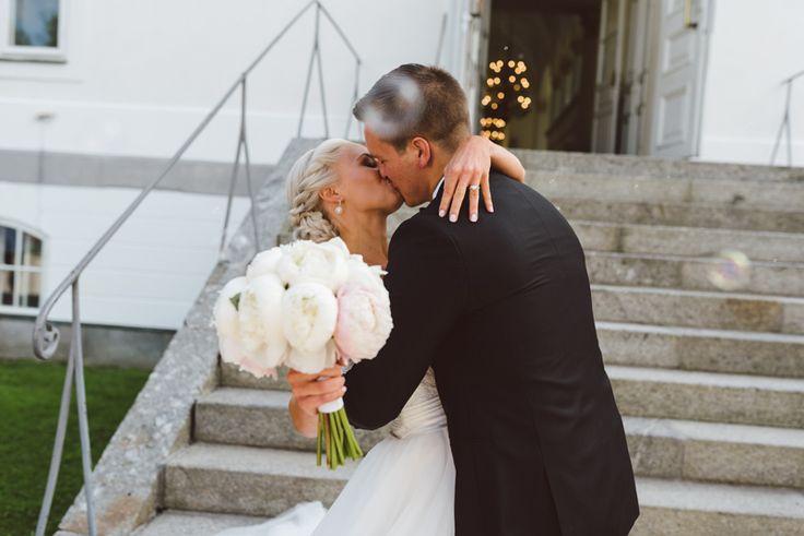 Julia Lillqvist   Nina and Benjamin   bröllop Korsholms kyrka…