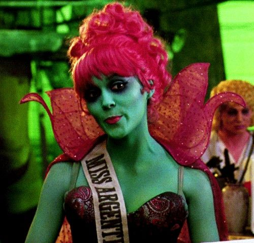 Miss Argentina from Beetlejuice <3