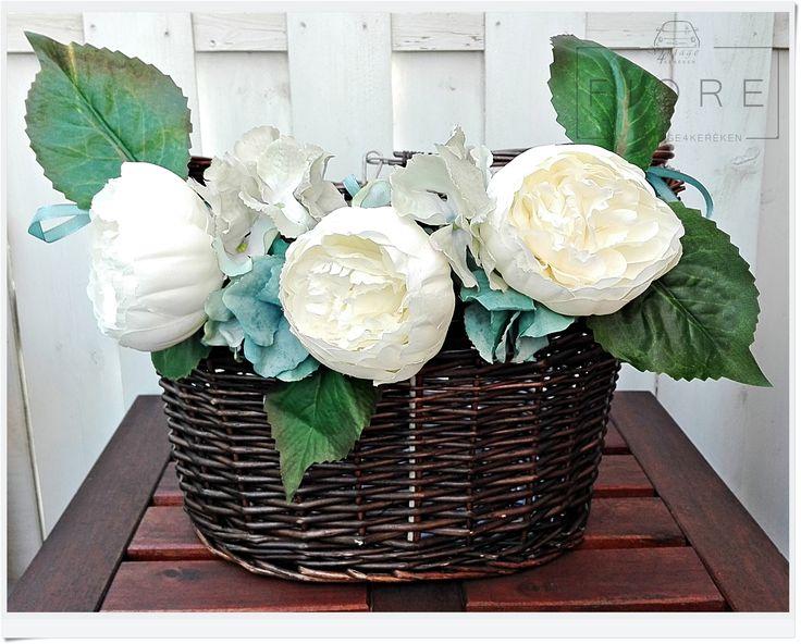 Azzurro - limited edition basket flower