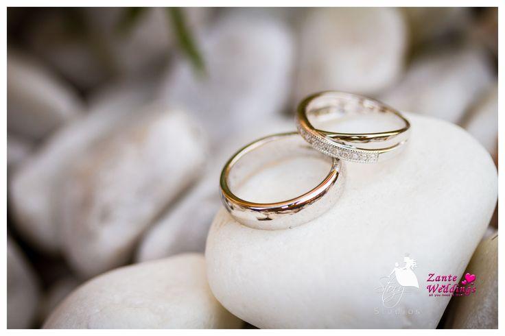 Beautiful weddings rings!