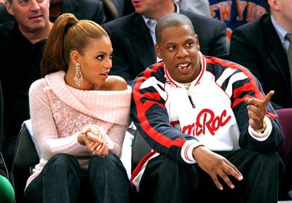 Beyonce and Jay-Z love to bond over basketball!