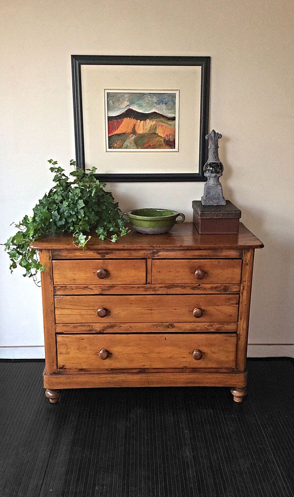 Keeping Or Changing Knobs On Restored Dresser