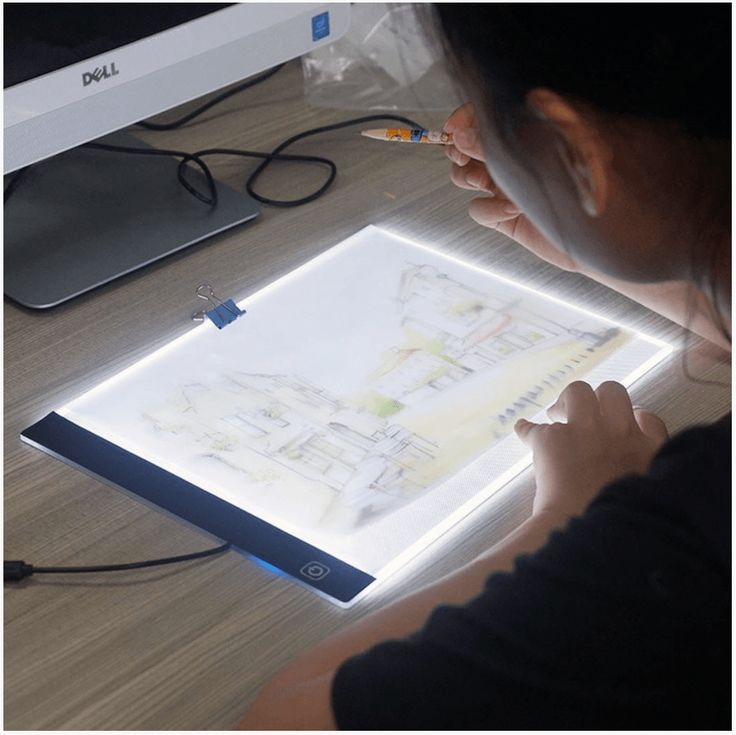 Whether you're a professional artist or an amateur, take your drawings to the Next level with this versatile LED tracing table. The back-lit background makes it