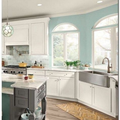 21 Kitchen Cabinet Refacing Ideas (Options To Refinish Cabinets) #diy #design #doors #ceilings #shakerstyle #subwaytiles #countertops #laundryrooms #howtopaint #spaces #islands #budget