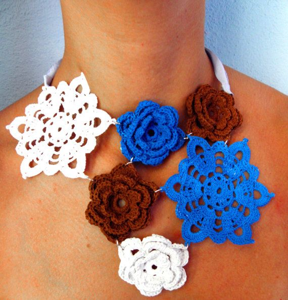 Crochet necklace blue white brown  navy's collection by Leccio51, €45.00