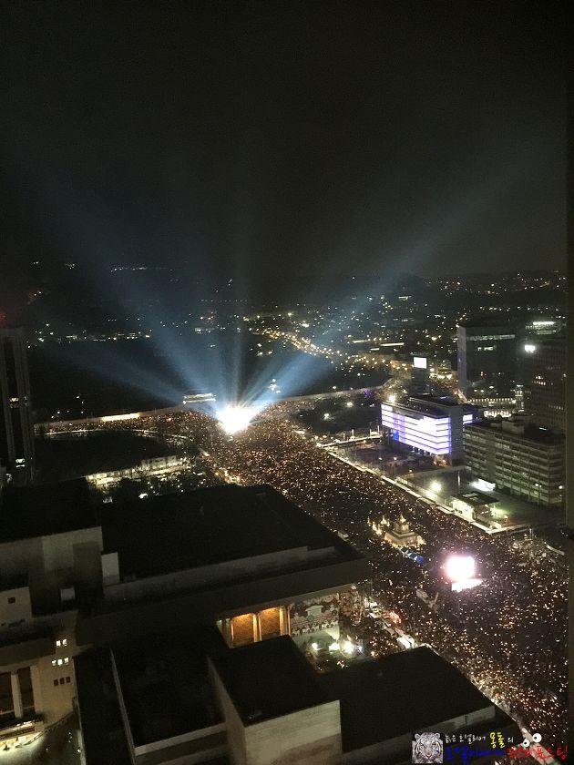 촛불집회와 호텔  #촛불집회 #촛불집회호텔 #CandleDemonstration