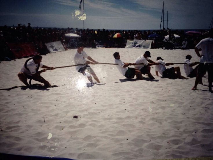 Tug of War ; With Springbok Rugby team against Clifton Life-savers,