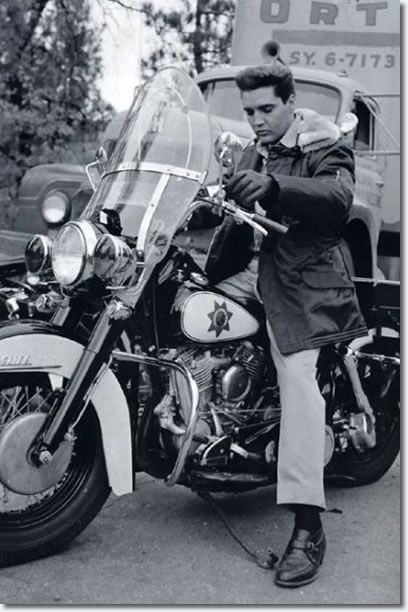 Elvis on a Police Motorcycle - Kid Galahad Set