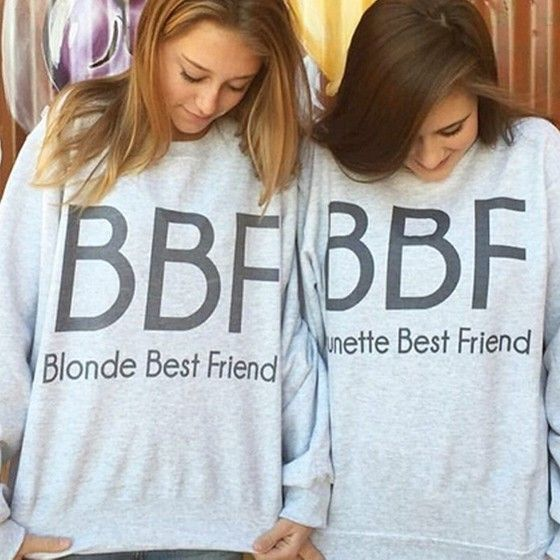 It's a time to slip into something a little more comfortable. The top is not too heavy, not too light. You couldn't go wrong with it. Share it with your best friend~