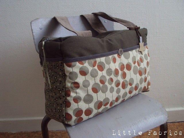Sac à Langer - #LittleFabrics #Sewing  http://boitcoutureandco.canalblog.com/archives/2011/02/21/20446939.html