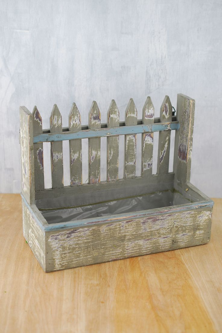 """Planter Box Picket Fence Large 9"""" tall 11"""" wide $9.99"""