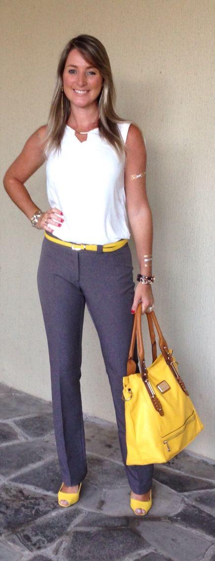 Look do dia - look de trabalho - moda corporativa - calça social cinza - cinza, branco e amarelo - grey and yellow