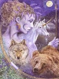 ARTEMISA,DIOSA GRIEGA DE LA CAZA Y DE LA LUNA RIVAL Y HERMANA. El arquetipo de la Diosa de la caza y de la Luna, personificación...