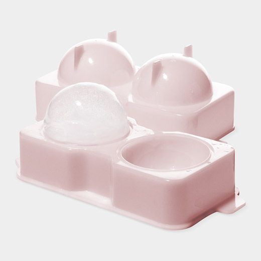 17 best ideas about round ice cubes on pinterest round ice cube trays kitchen tools and. Black Bedroom Furniture Sets. Home Design Ideas