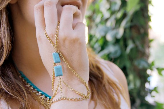 Gorgeous gold hand chain with turquoise. Like it? Get it! #golden #handchain #turquoise #mediterraniumjewelry