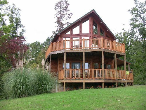 17 Best Images About 2 Bedroom Gatlinburg Pigeon Forge Smoky Mountain Log Cabins On Pinterest