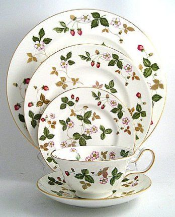 Service de George Sand? Wedgwood Wild Strawberry