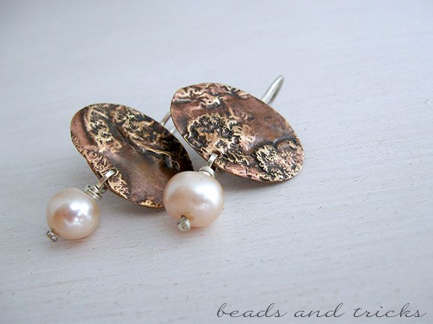 Red brass, sterling silver and pearls. Reticulated earrings | Handmade by Beads and Tricks