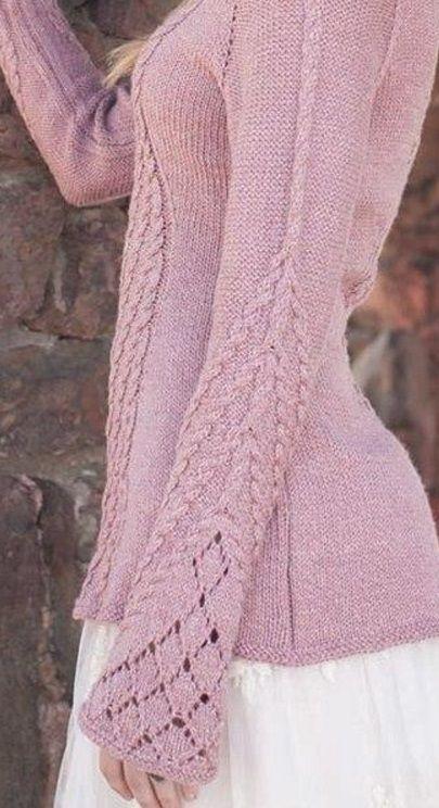 Связать красивый пуловер  Красивый пуловер с рядами узоров из кос связан спицами. Косы украшают все детали пуловера: полочку, спинку и рукава. Узор из кос проходит по центру каждой вязаной детали. Помимо кос при вязании пуловера использовалась обычная лицевая гладь. Пуловер имеет расширяющиеся к низу рукава. Для вязания пуловера вам понадобятся круговые спицы №4 длиной 40 сантиметров для воротника, а для кокетки круговые спицы №4 длиной 80 сантиметров. Как связать красивый пуловер спицами…