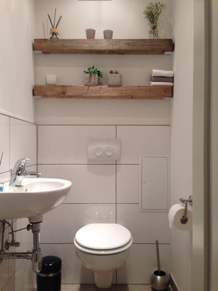Modern trifft rustikal, Holzbalkenregal, Gäste-WC – #strahlen #Gast #meets #Modern #regal #Rustikal #regal #WC #Wald