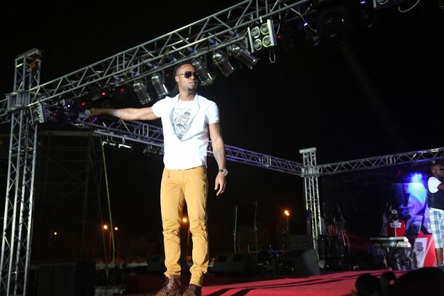 MRSHUSTLE UPCOMING EVENT: FLAVOUR N'ABANIA HOSTS UNIVERSITY OF BUEA GRADUATION CONCERT IN CAMEROON