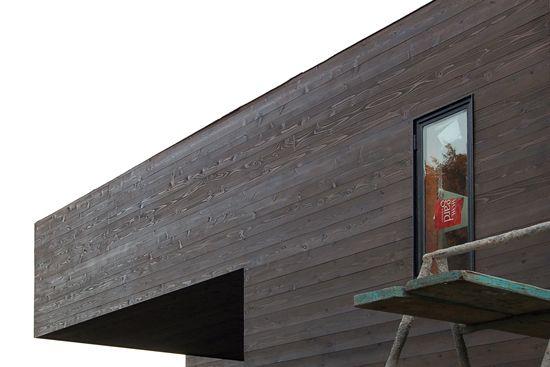 Contemporary construction cedar siding country home - How to stain exterior wood siding ...