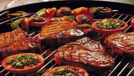 recept zeetong in papillot op de bbq - Een bbq vis recept met zalm, tonijn en gamba's: een lekkere mixed (vis)grill