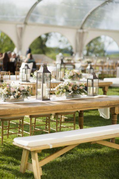 Outdoor wedding table: http://www.stylemepretty.com/new-york-weddings/huntington/2013/10/25/oheka-castle-wedding-from-mel-barlow-dm-events/   Photography: Mel Barlow - http://www.melbarlowandco.com/