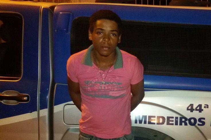 PM apreende em Medeiros Neto moto roubada em Itamaraju