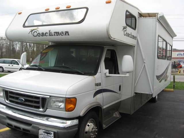 2005 Used Coachmen leprechaun Class C in Ohio OH.Recreational Vehicle, rv, 2005 COACHMEN leprechaun, leprechaun 2005 COACHMEN leprechaun, nice camper. 2005 COACHMEN LEPRECHAUN 31' CLASS C MOTOR HOME