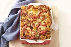 Kijk wat een lekker recept ik heb gevonden op Allerhande!   Ik heb ipv ratatouille uit blik, 2 zakken italiaanse roerbakgroenten gebruikt met een bekertje creme fraiche erdoor en flink wat italiaanse kruiden!