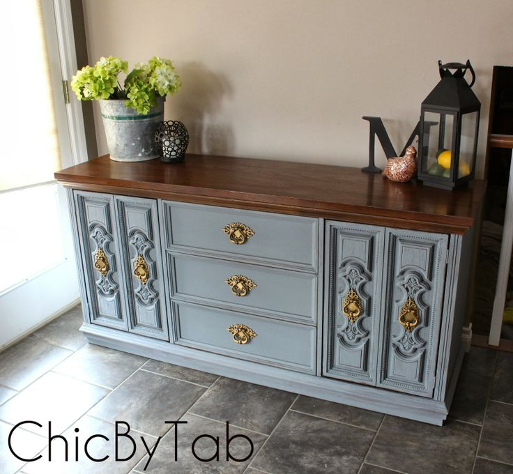 {ChicByTab}: Chalk Paint Grey Side Board