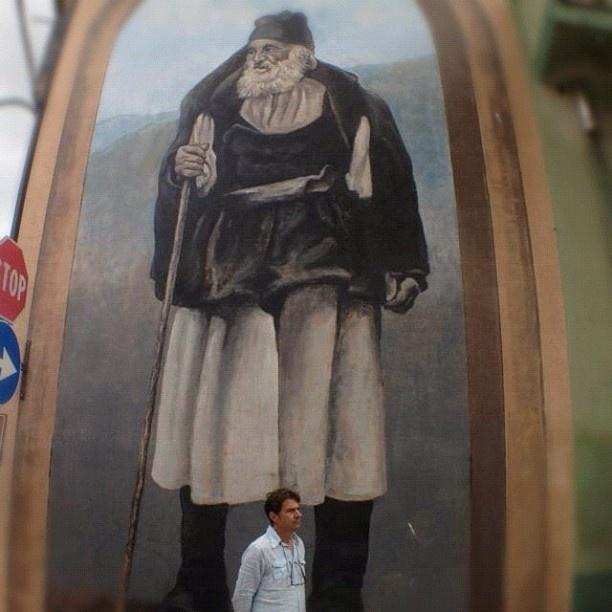 Ecco uno dei più grandi murales della Sardegna.   Lo immortaleremo a Fonni (NU) in occasione del nostro 1* Instawalk. Il 9 dicembre non potete mancare! - @igers_sardegna- #webstagram