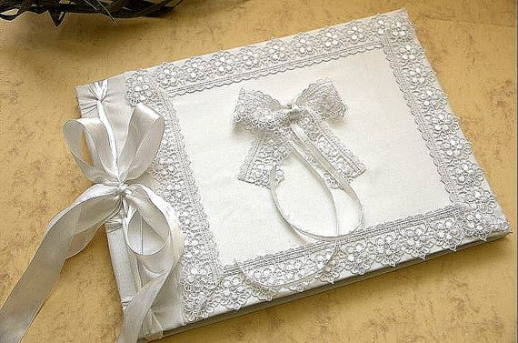 Bridal Guest Book  Retro Vintage Elegant Weddings by LenaWeddings