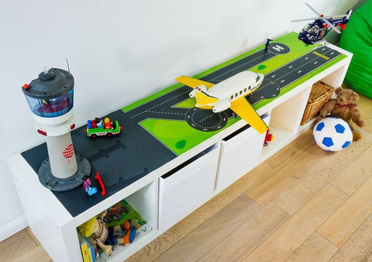 Spieltisch flughafen f r ikea limmaland kleben for Table playmobil