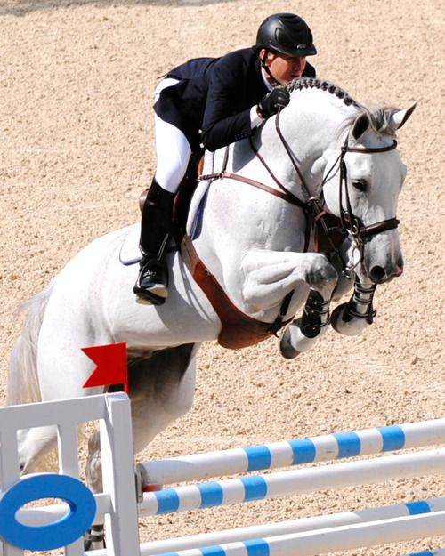 McLain Ward on Antares. I love this horse. Look at that front end!