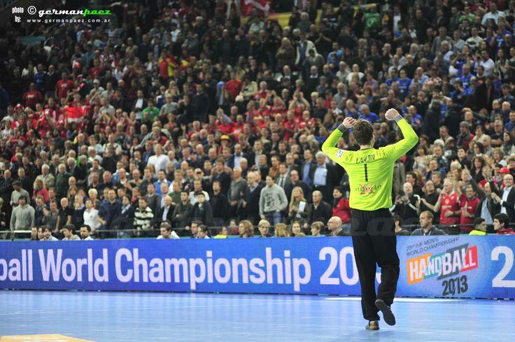 Fotos del dia. #fotografia #photography #handball #balonmano DINAMARCA - CROACIA Semifinal 23er. Campeonato del Mundo de Balonmano Masculino - 25ENE2013 - Palau Sant Jordi - Barcelona - España