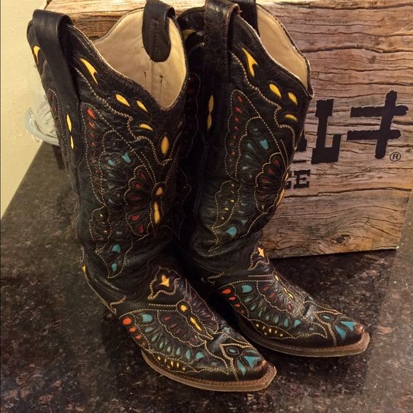 Corral Vintage Butterfly Boots Beautiful Corral  Vintage  Butterfly  Boots in mint condition!  Size 9 Corral Vintage Boots Shoes