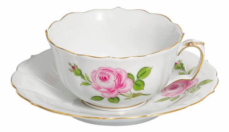 """Tea c & s, Shape """"Neuer Ausschnitt"""", Pink rose, gold rim, V 0,20 l"""