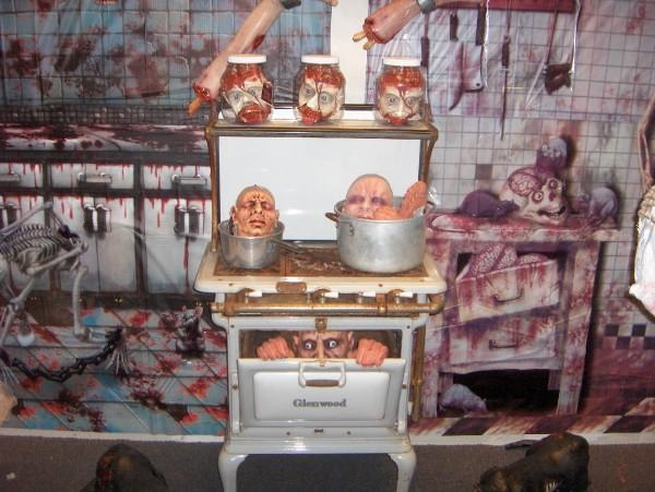 26 best haunted house butcher shop images on pinterest for Haunted house scene ideas