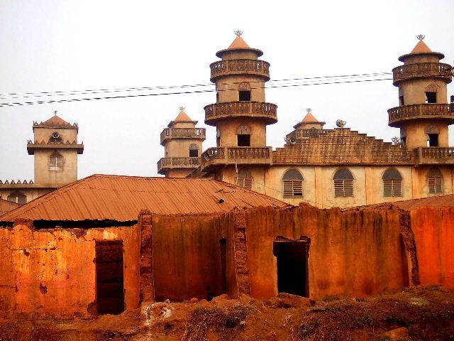 28 best benin images on pinterest west africa for Yoruba architecture